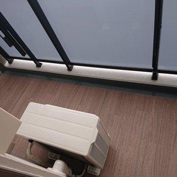 ベランダでもゆったりできそう※写真は12階の同間取り別部屋のものです。