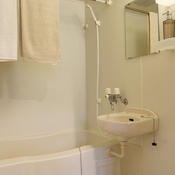 浴室乾燥機能付きで便利です。※写真は前回募集時のものです