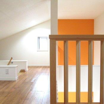 【3F】オレンジ壁はロフトまで続いてるので元気がでそうですね〜※写真はクリーニング前のものです