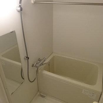 クロームメッキのシャワーヘッドには高級感※写真は前回募集時のものです。