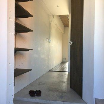 秘密基地感が増すコンクリート床※写真は前回募集時のものです。