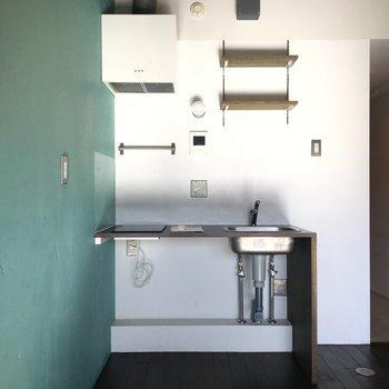 キッチン部分はすっきりと※写真は前回募集時のものです。