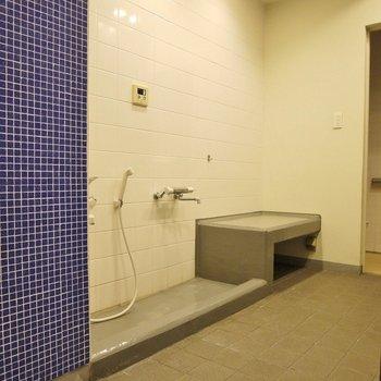 1階に足洗い場。