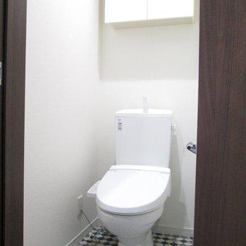 可愛い床のトイレになります。
