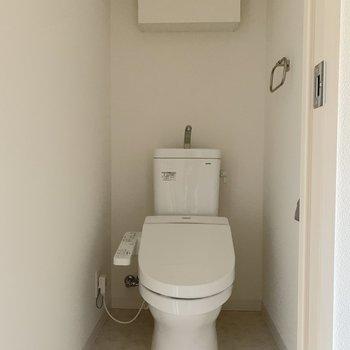 トイレもゆったりサイズ。※写真は通電前のものです。