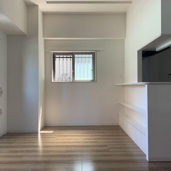 明るく、洗練されたお部屋。