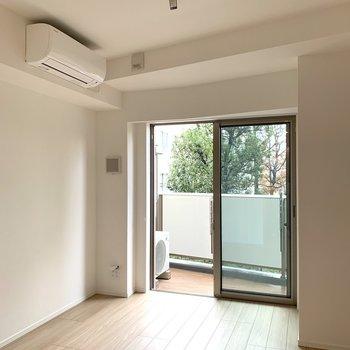 天井が高いので、間取り以上に広く感じますね※写真は2階の同間取り別部屋のものです