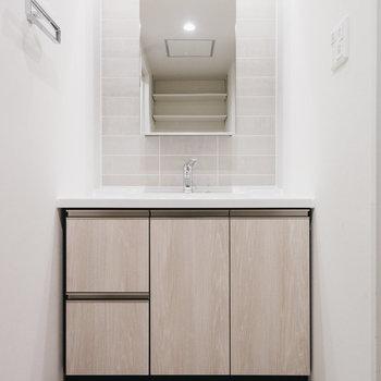 とてもスタイリッシュな洗面台!