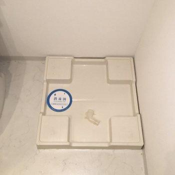 脱衣所スペースに洗濯機置き場があります!※写真は14階の同間取り別部屋のものです