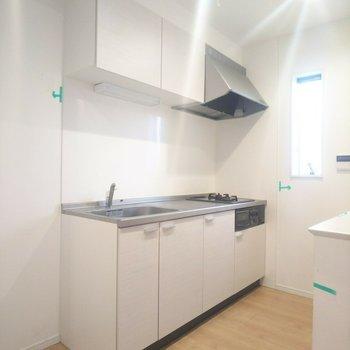 【LDK】機能性に優れたキッチンが◎※写真はクリーニング前のものです