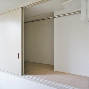 収納は2階の寝室に。ここだけです。※写真は前回募集時のものです
