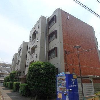 小松コーポ2号棟