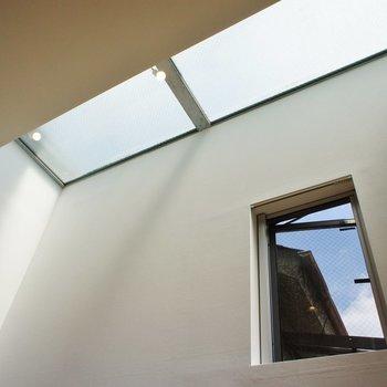 そう品のある日当たりの正体は天窓!!※写真は前回募集時のものです。