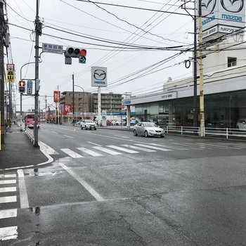 大通り!まっすぐ行けば博多駅なんです。