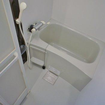 浴室乾燥機付きのバスルームです!