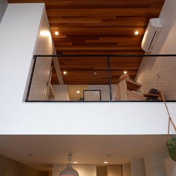 では1階部分へ。