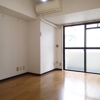 こちらは奥のお部屋。※写真は9階の同間取り別部屋のものです
