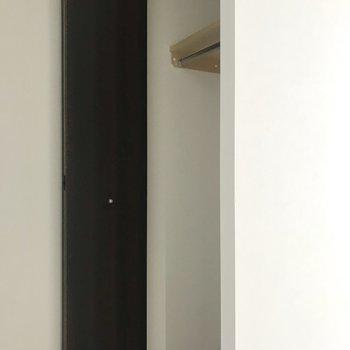 玄関にこんな収納と、、、