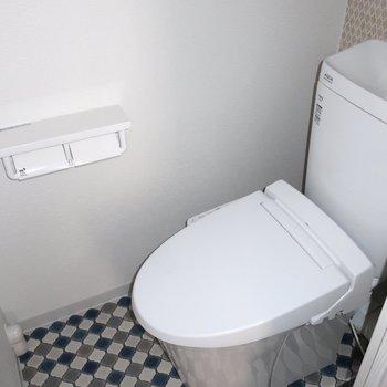 トイレもカフェ風だぁ!