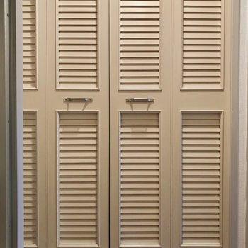 廊下にあるクローゼットの扉。可愛いでしょ?