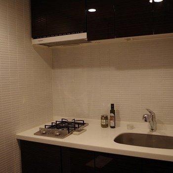 キッチンも広々!※写真は3階の同間取りのモデルルームものです