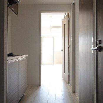 ドアの色が統一されていてかっこいいですね。※写真は前回募集時・通電前のものです