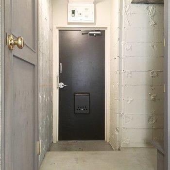 玄関はビッグサイズ。