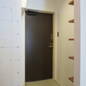 玄関スペースは結構ゆとりがあります