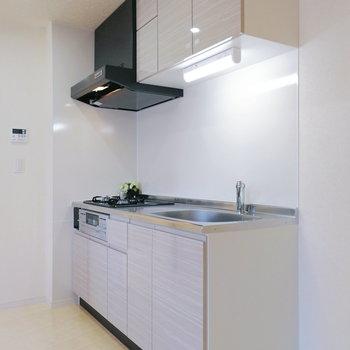 キッチンも明るくて綺麗!