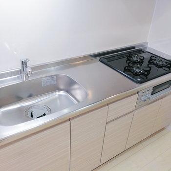 パートナーが調理してるときは洗い物を。