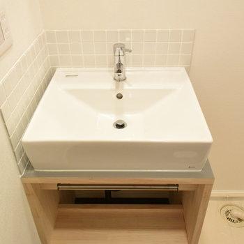 【洗面台】大工さん手作りの洗面台がかわいい〜〜〜!※写真は工事直後のもの