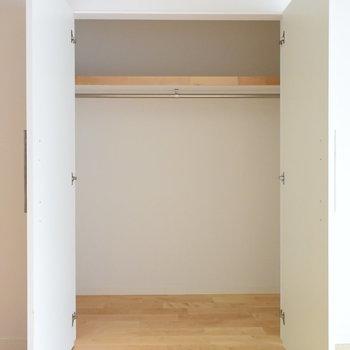 【収納】リビングと寝室に1つずつご用意!※写真は工事直後のもの