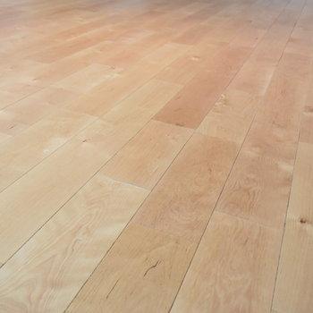 【床材】無垢床ホッコリ感に思わずうっとり◎