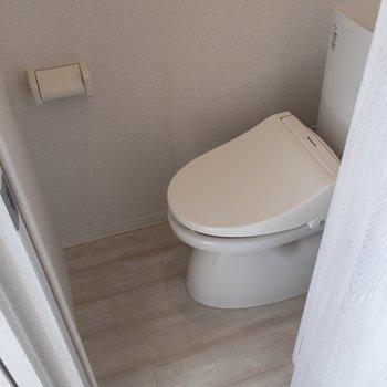 トイレは個室が嬉しい。。