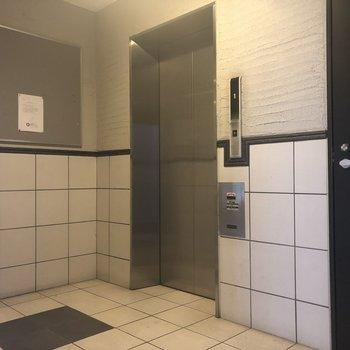 エレベーターありますよ。