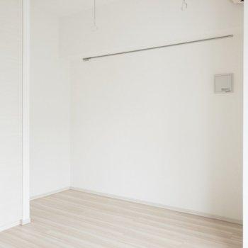 ん〜清潔感◎※写真は7階の同間取り別部屋のものです