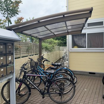 自転車置き場ありますよ
