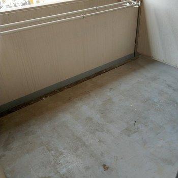 え!バルコニーこんなに広いの!?※写真は4階の反転間取り別部屋のものです