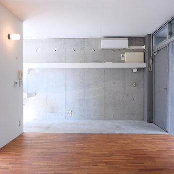 照明の位置も◎※写真は同じ間取り3階別部屋のものです