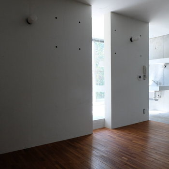 コントラスト◎※写真は同じ間取り3階別部屋のものです