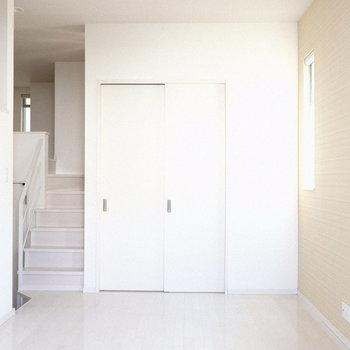 戸はしめてお部屋を区切ることもできます◎