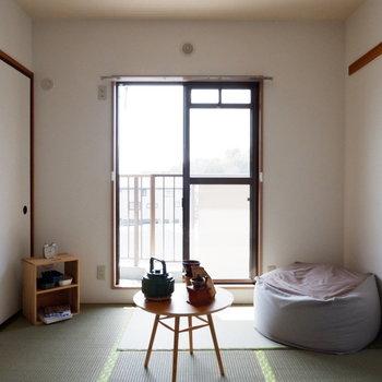 【和室】採光もしっかりと。※家具はサンプルです