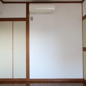 【洋室】こちらのお部屋も収納しっかり。※写真は前回募集時のものです