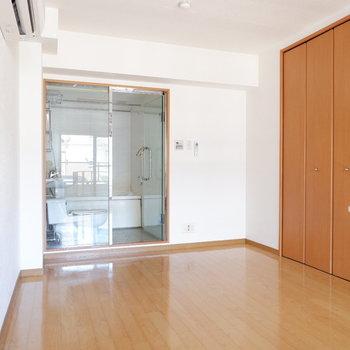 2階は寝室にしましょう。※写真は1階の同間取り別部屋のものです。