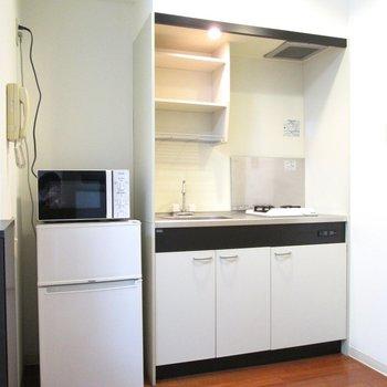 キッチンもしっかりと整ってますね〜※写真は2階の同間取り別部屋のものです。