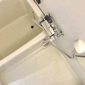 お風呂もシンプルだけどきれいに!