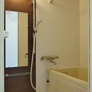 浴室乾燥機能つき。