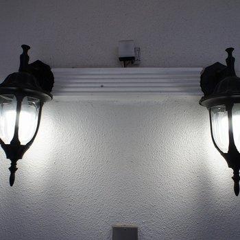 廊下の照明も雰囲気ばつぐん!