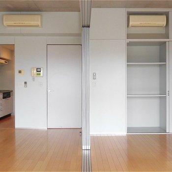 きれいに真っ二つ!※写真は5階の同間取り別部屋のものです。