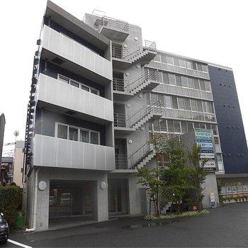 1階は病院ありです。